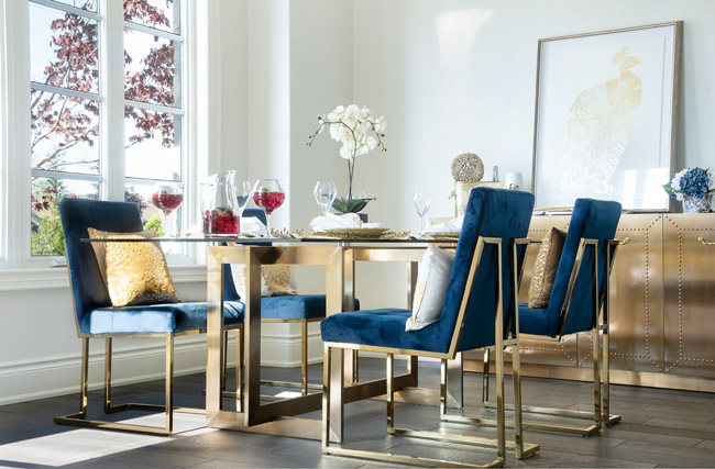 Arbour Vale blue dining table