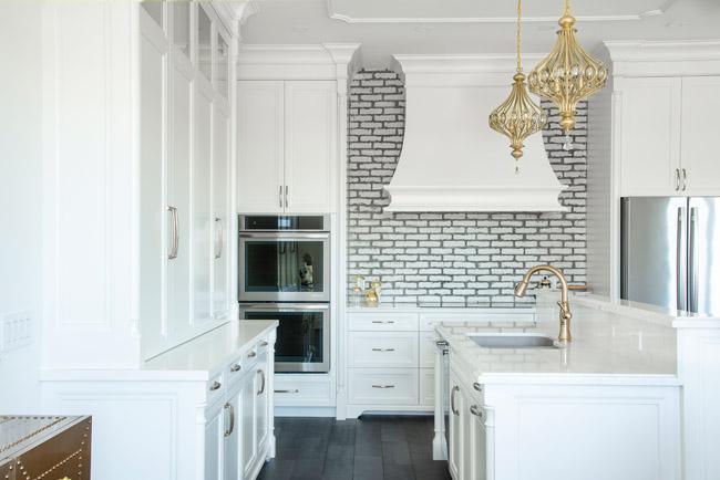 Arbour Vale white kitchen