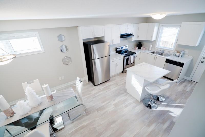 Smart Townes white kitchen